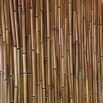 Бамбуковая штора светлая.