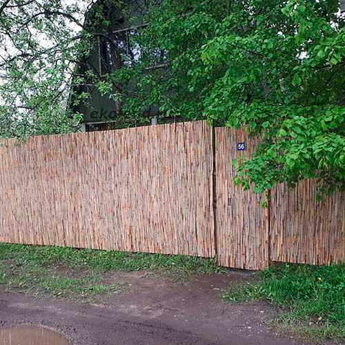 Тростниковый забор закрыться от соседей