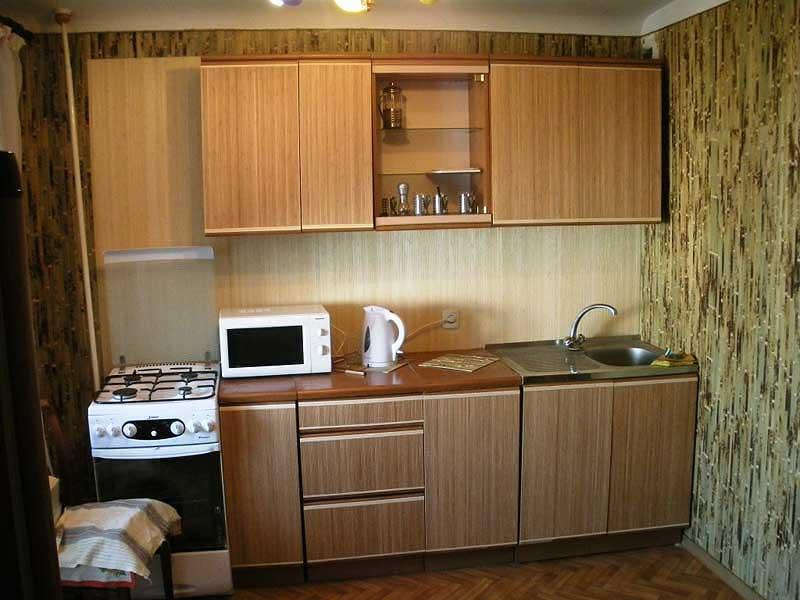 обои бамбуковые в интерьере кухни фото