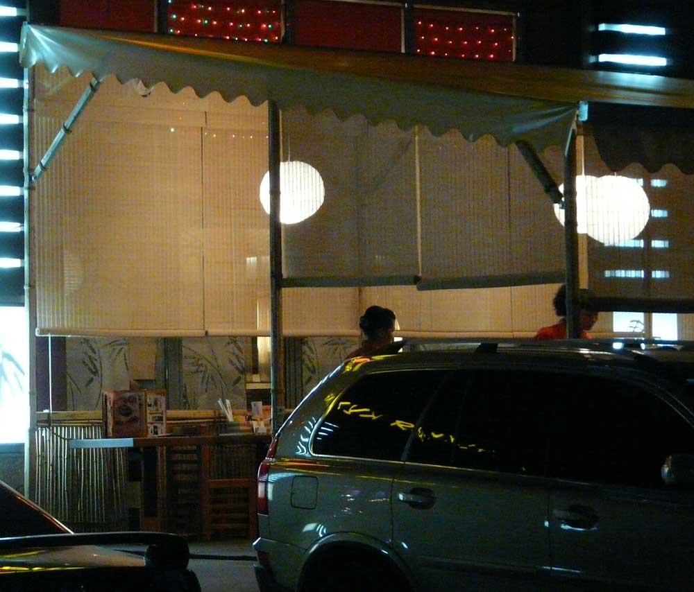 Бамбуковые шторы для летнего кафе
