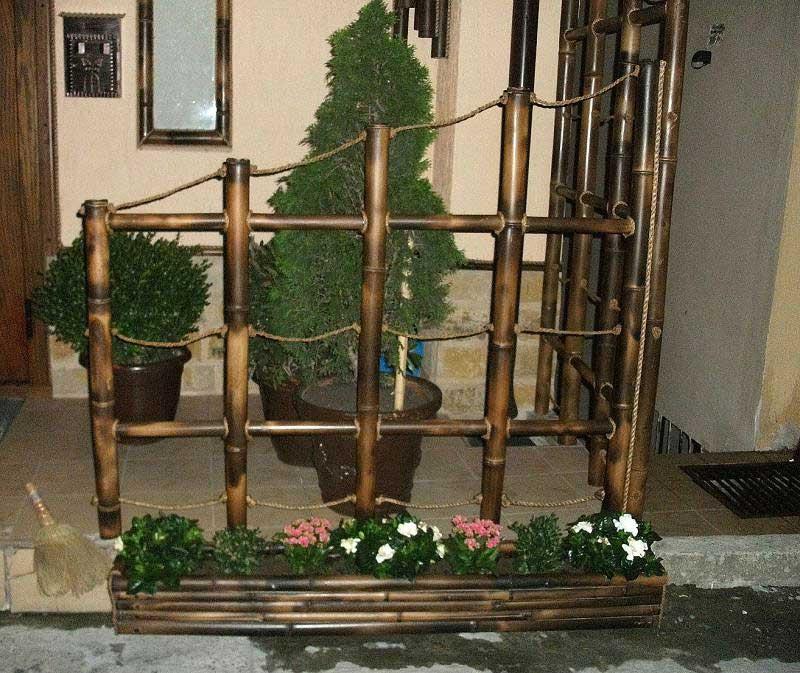 Декоративное ограждение из бамбука