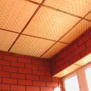 Панели из бамбука на потолке