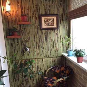 Оформление балкона<br />бамбуковыми обоями
