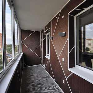 Бамбуковые обои венге на<br />балконе