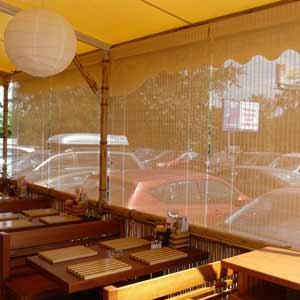 Жалюзи бамбуковые в кафе
