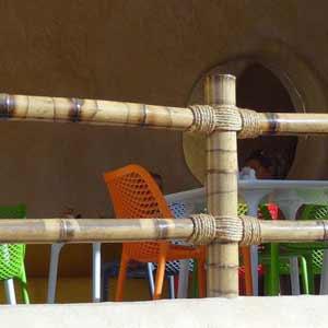 Ограждение из бамбука