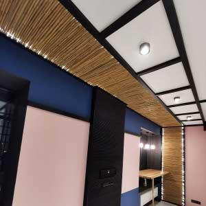 Бамбук в интерьере потолка